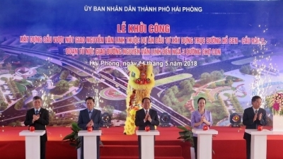 Work begins on flyover at Nguyen Van Linh intersection in Hai Phong