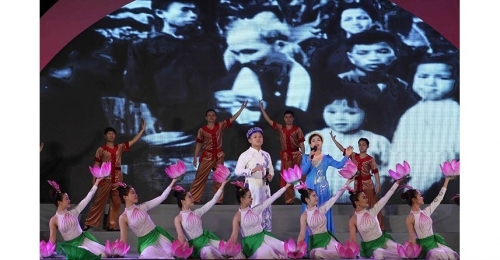 May 14-20: President Ho Chi Minh's birth anniversary marked at home and abroad