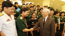 Party chief meets members of military labour unions