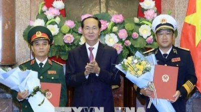 President Tran Dai Quang promotes two senior military officials