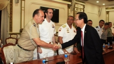 HCM City leader hosts foreign military attachés in Vietnam