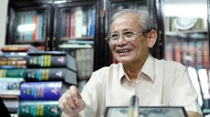 Renowned Vietnamese historian Phan Huy Le dies aged 84