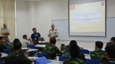 Vietnam, France discuss military engineering within UN peacekeeping