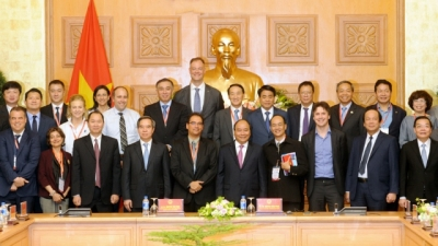 Vietnam calls for science-technology experts