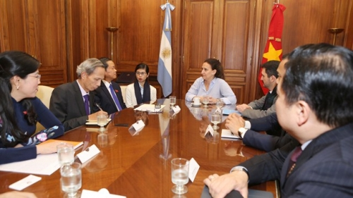 Vietnam promotes legislative cooperation with Argentina