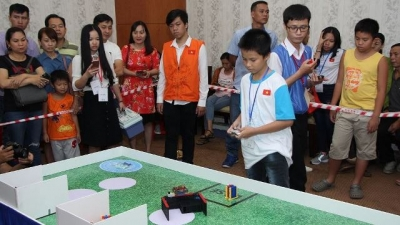 IYRC Vietnam Robot contest attracts 150 pupils