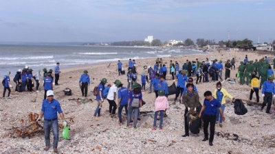 Campaign encourages public involvement in sea clean-up