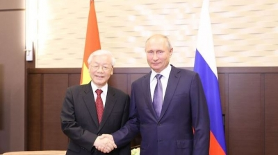 September 3-9: Party General Secretary visits Russia and Hungary