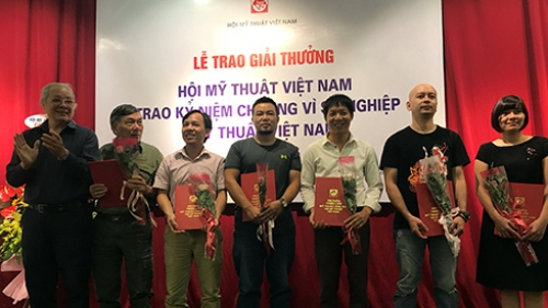 Winners of Fine Arts Association Awards 2018 honoured
