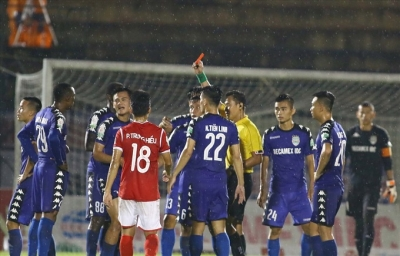 V.League Review: Referee issue overshadows Round 22 matches