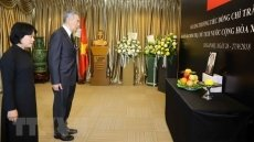 Singapore PM: President Quang devotes his life to Vietnam