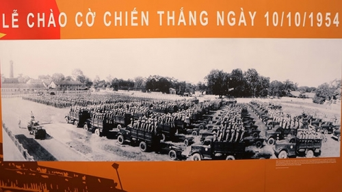 """Moments of October 1954"" in Hanoi"
