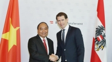 Vietnamese PM holds talks with Austrian Chancellor