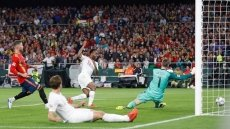Ruthless England leave Spain shell-shocked in Seville