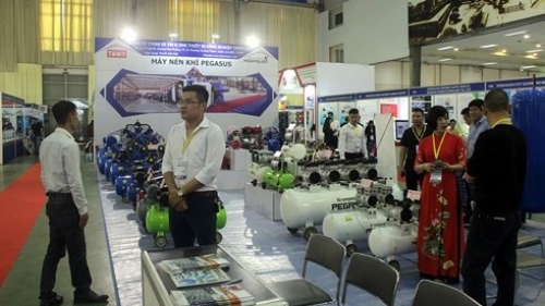 Over 250 enterprises participate in Vietnam International Industrial Fair