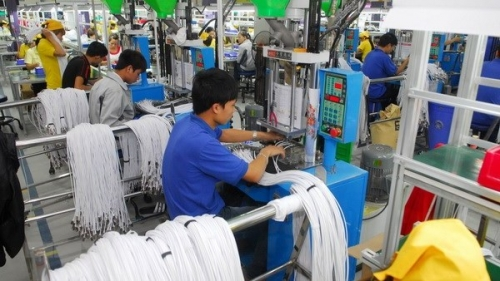 FDI pledges into Vietnam hit nearly US$28 billion in first ten months