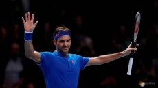 Normal service resumed as Federer breezes into semis