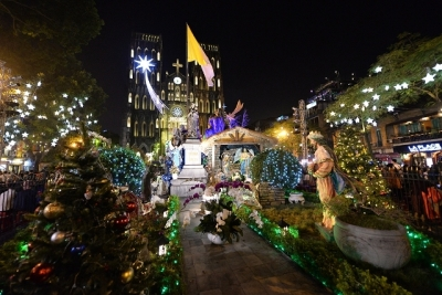Localities nationwide flooded with Christmas atmosphere