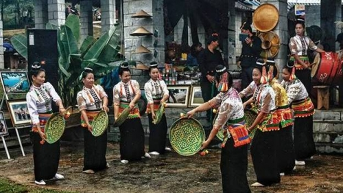 Rural market introduces culture of northern mountainous region