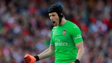Arsenal goalkeeper Cech to retire at end of season