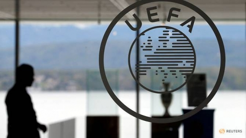 Thirty football clubs swallow up nearly half of European revenue