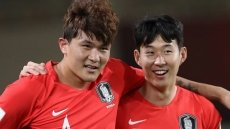 Spurs' Son helps Korea Republic to victory over China
