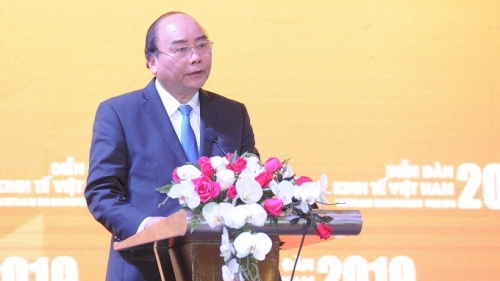 Vietnam can grow fast and sustainably: PM