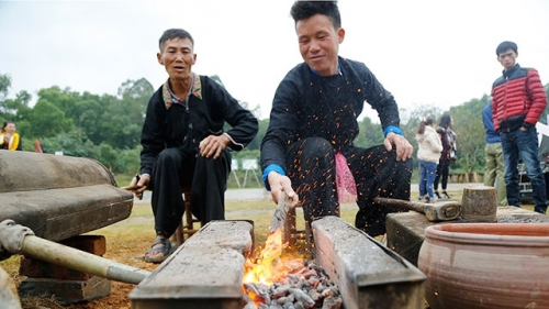 Unique forging craft of Mong ethnic people