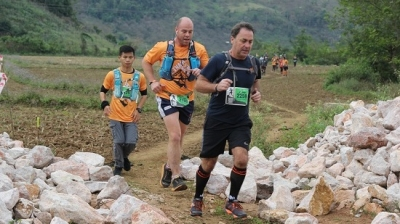 International runners join Vietnam Trail Marathon in Moc Chau
