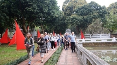Nearly 515,000 tourists visit Hanoi during Tet holidays