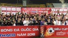 Beating Binh Duong 2-0, Hanoi win National Super Cup