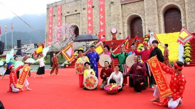 Bac Giang and Son La locals joyfully celebrate culture-tourism weeks