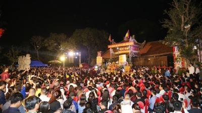 Spring festivals commemorate national heroes