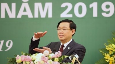 Government aims at long-term strategy for securities: Deputy PM Hue
