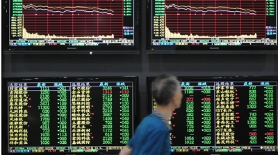 China stocks rise to 9-month closing high on stimulus hopes