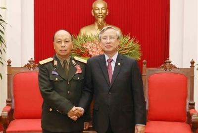 Party official: Vietnam will do best to foster ties with Laos