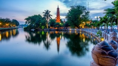 Tran Quoc pagoda listed among world's ten incredibly beautiful ones