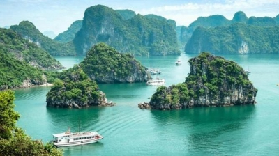 US news names Ha Long bay among world's 35 most beautiful natural wonders