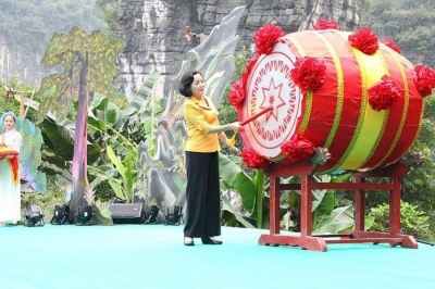 Trang An Festival opens in Ninh Binh province