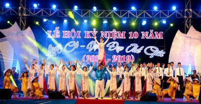 Festival honours beauty of Lang Co bay in Thua Thien - Hue