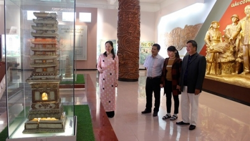 Glazed ceramic tower from Tro Pagoda recognised as national treasure