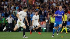 Valencia knock Barcelona off Copa del Rey throne