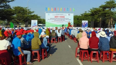 Quang Nam launches anti-plastic waste campaign
