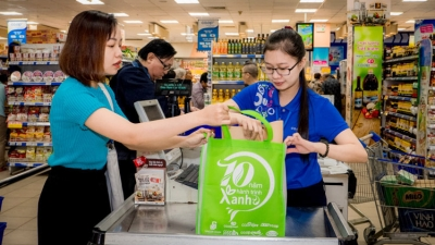 "More than 750 supermarkets and shops respond to ""No Plastic Bag Day"""