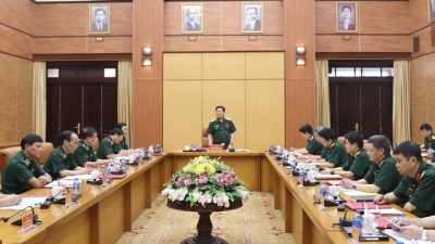 Border guards urged to well implement national defence tasks in key areas