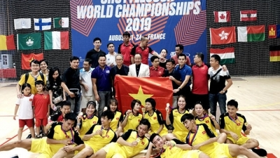 Vietnam tops Shuttlecock World Championships 2019 in France
