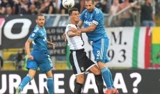 Chiellini gives Juventus opening win at Parma