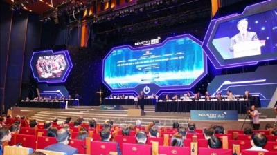 Vietnam's Industry 4.0 Summit 2019 opens in Hanoi