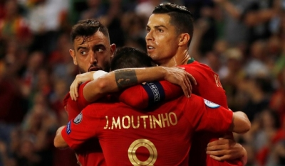 Portugal close in on Euro 2020 with home win