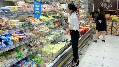 Vietnamese retailers seize opportunities to conquer domestic market